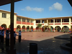 Alumnos de un colegio follandose a una linda colegiala en el patio de la escuela te dejamos las redes sociales de la putita en httpzoee6lf4 - 3 4